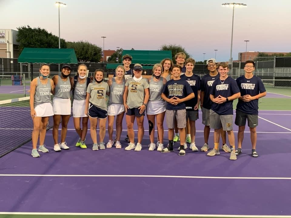 On Oct. 6, 2020 in Ennis Texas, bi-district matchups were held at 6 a.m. Starting strong, the tennis teams played 10 rounds but sadly lost 0-10  to Argyl.